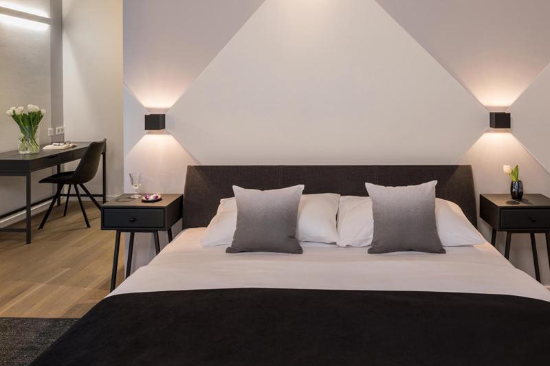 Hotel Blackhome 13